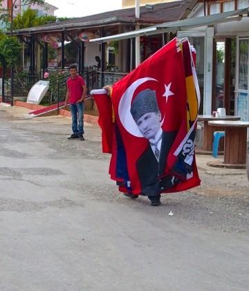 Kemal Atatürk, grundaren av det moderna Turkiet är fortfarande en hjälte i västra Turkiet. Foto: Helene Bergman