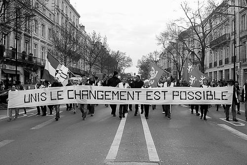 Frankrike - Mellan kaos och förtvivlan