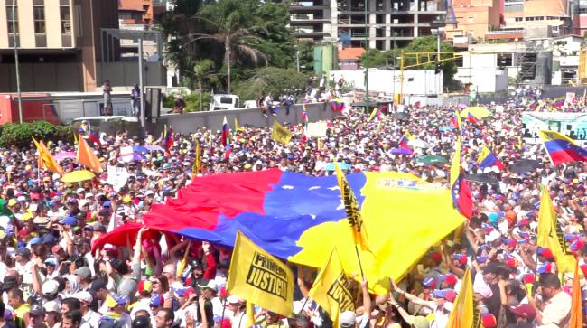 Venezuela vid ett vägskäl - blodets eller fredens väg