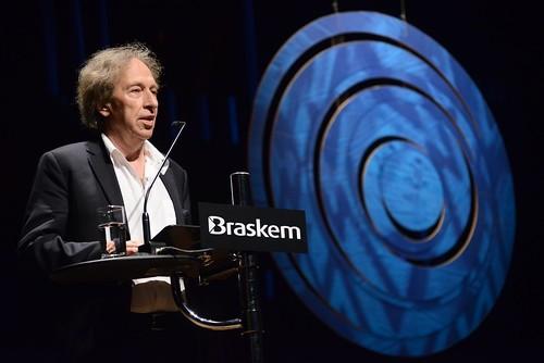 Ledande fransk filosof riktar hård kritik mot Malena Ernman med familj