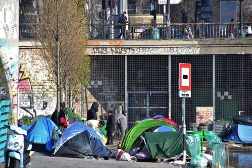 Frankrike tar emot färre migranter än Sverige - Klagar på volymerna