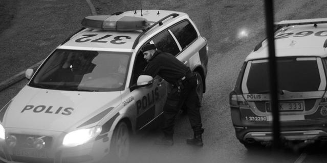 "Regeringen 2015: ""19 000 eller 20000 poliser spelar ingen roll"""